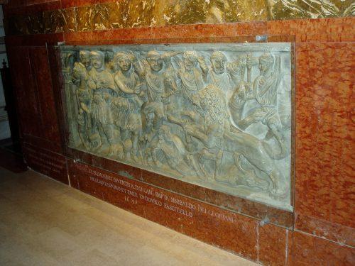 Mausolei foto 11 Sarcofago Leone 1.JPG